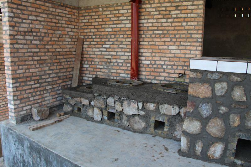 Banda_Kitchen-Small_stove